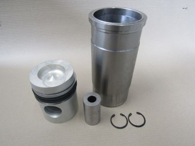 Piston Cylinder Liner Kit for Volvo Penta TAMD 70D, TAMD 70E (CLK-677)